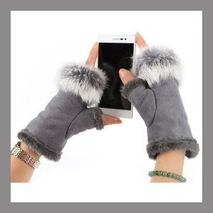 Accessories - Faux Rabbit Fur Half Hand Gloves
